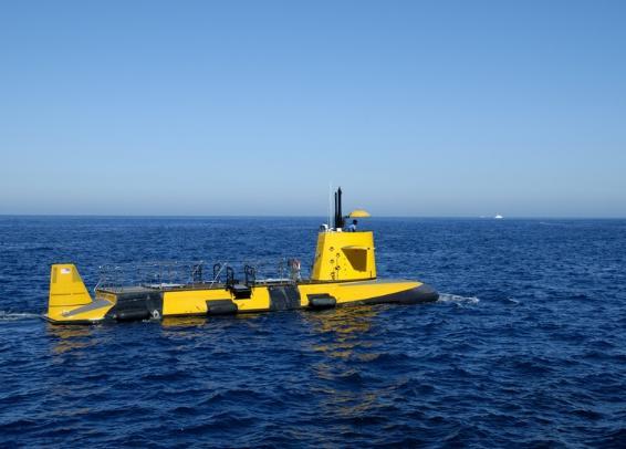 glass bottom submarine jpg 1080x810